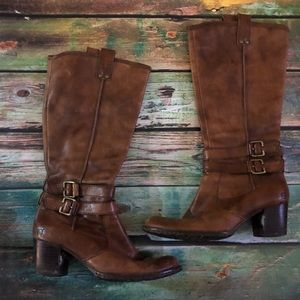 Born brown leather boots 8.5